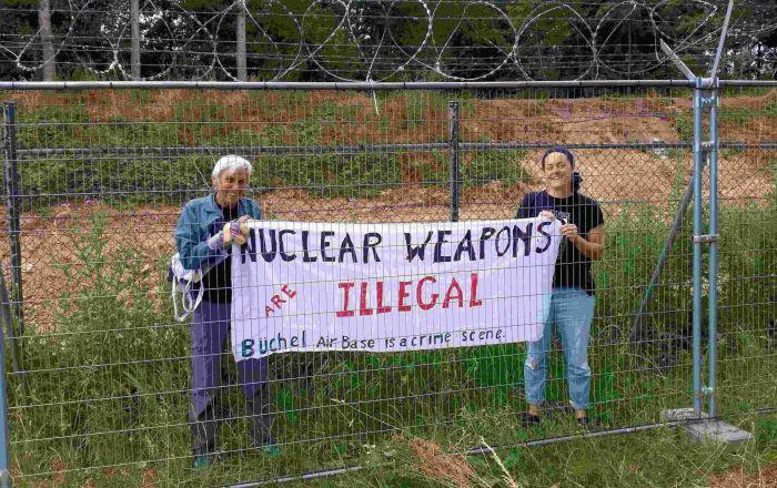 friedensaktivisten-dringen-in-fliegerhorst-buchel-ein-–-protest-gegen-us-atomraketen
