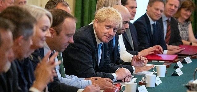 johnson-dreigt-eu-met-belastingparadijs-na-brexit