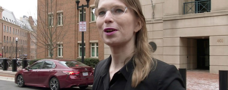 chelsea-manning-jailed-for-a-year-for-refusing-to-testify-against-assange