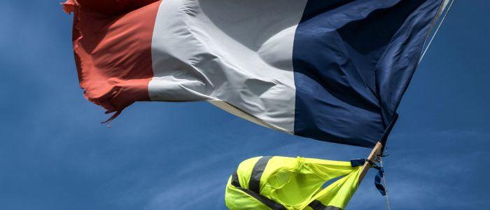 """paris:-anhanger-der-""""gelbwesten""""-protestieren-zum-41.-mal-in-folge-–-video"""