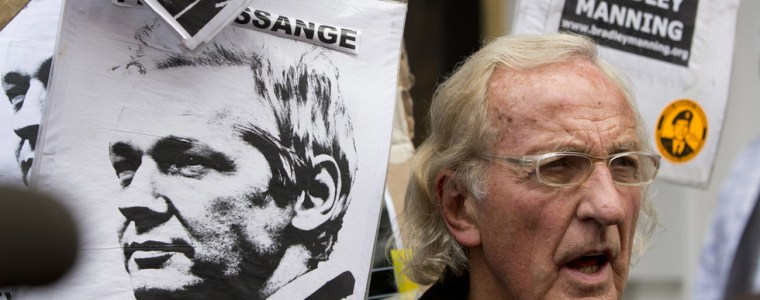 'his-psychological-torture-is-unabated':-john-pilger-reveals-assange-prison-conditions