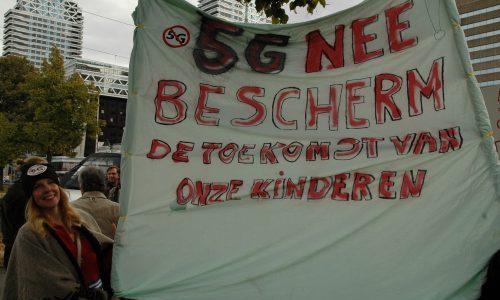 sfeerimpressie-landelijke-demonstratie-tegen-5g-–-stralingsbewust-zuid-kennemerland