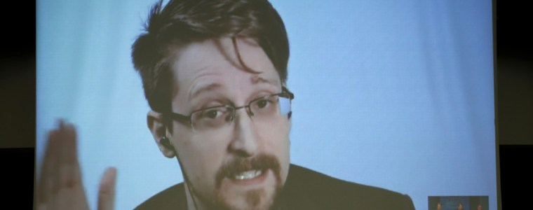 everyone-is-on-the-list:-snowden-says-no-'innocents'-in-mass-surveillance-world