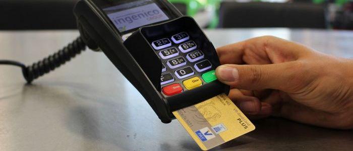 """bezahlen-die-schweden-ab-2023-ohne-bargeld?-–-experte-nennt-""""interessen-dahinter"""""""
