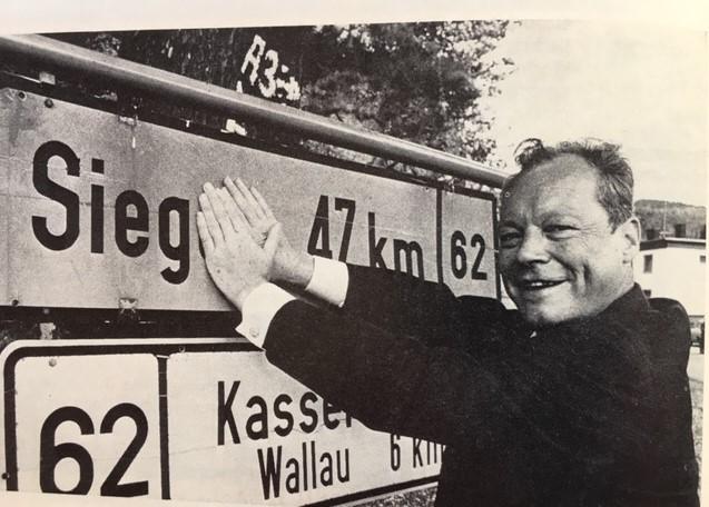 gestern-vor-50-jahren,-bei-der-bundestagswahl-vom-28-september-1969,-gab-es-den-ersten-richtigen-kanzler-und-politikwechsel-von-cdu/csu-zur-spd.
