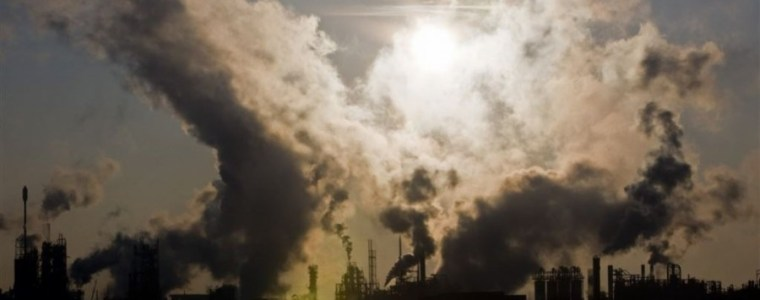wie-heeft-baat-bij-de-klimaathysterie-–-wakker-mens
