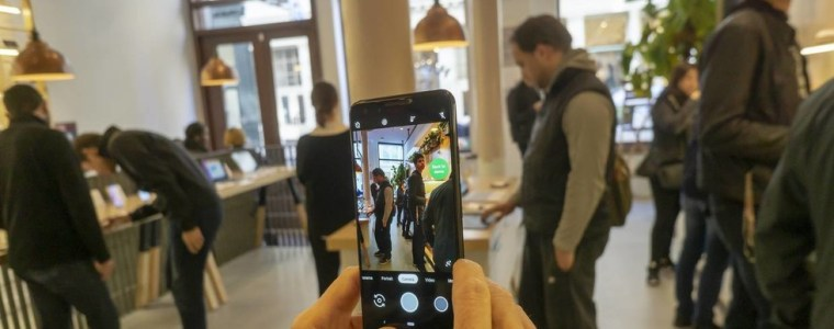 android-camera-bug-let-hackers-spy-on-users-even-if-phone-is-locked-&-screen-is-off