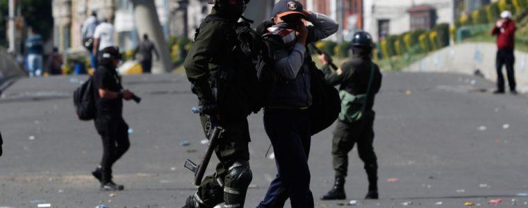 bolivia's-coup-gov't-targets-alternative-media-as-crackdown-turns-increasingly-violent-–-activist-post