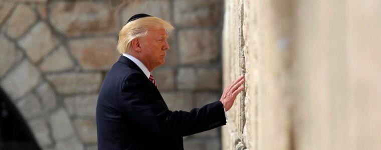trump-woos-jews,-jews-impeach-trump