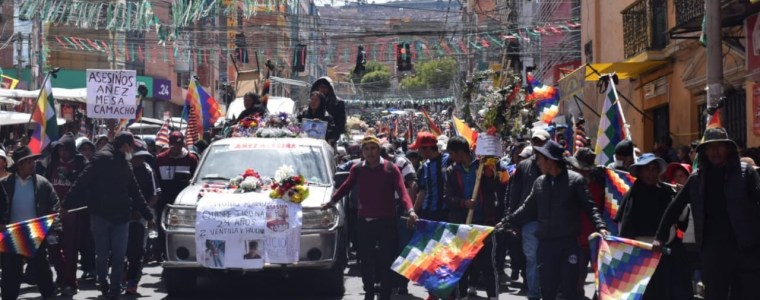 with-the-right-wing-coup-in-bolivia-nearly-complete,-the-junta-is-hunting-down-the-last-remaining-dissidents