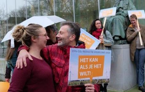 """in-""""historic""""-ruling,-dutch-supreme-court-says-government-must-reduce-greenhouse-gas-emissions-by-25%"""