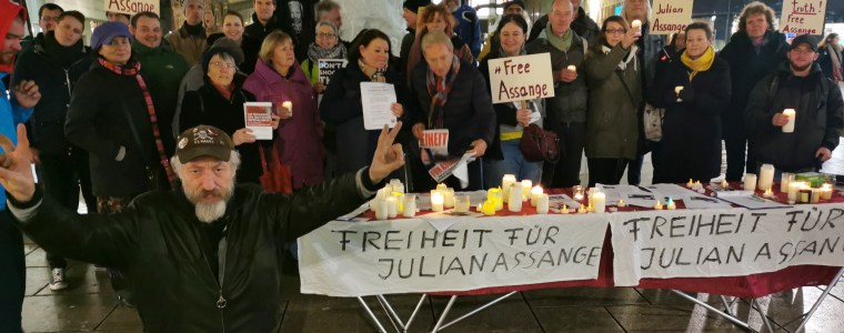 mahnwache-fur-julian-assange-in-frankfurt-am-main