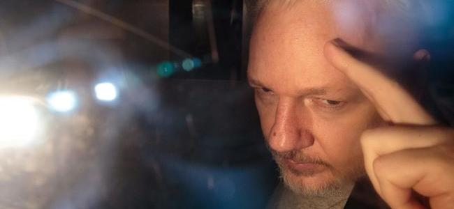 chief-magistrate-in-assange-extradition-received-financial-benefits-from-shadowy-groups