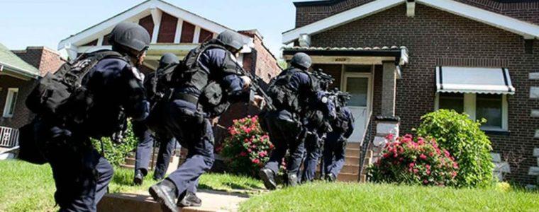 police,-military-begin-door-to-door-searches-to-hunt-down-new-yorkers-seeking-refuge-–-activist-post