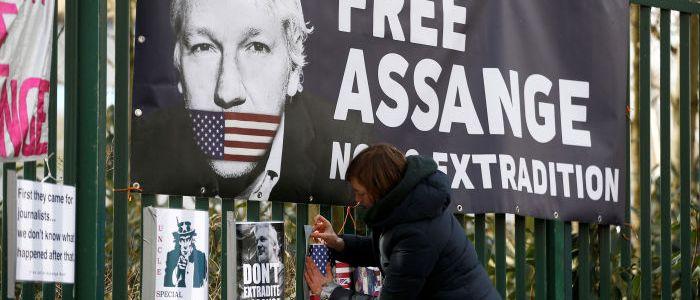 assange-prozess:-anwalte-fordern-freilassung-gegen-kaution
