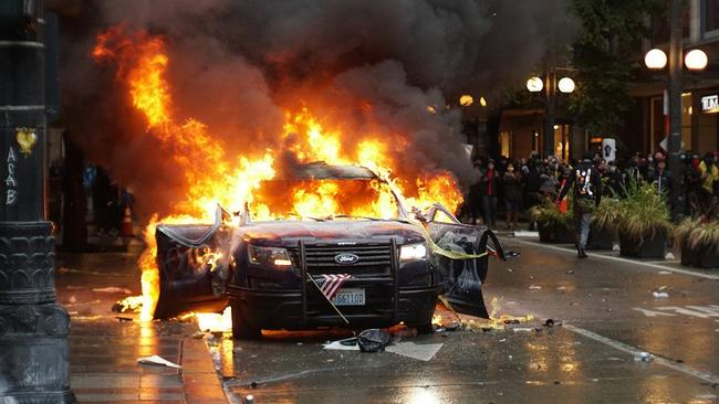 a-shocking-eye-witness-account-of-what's-really-happening-during-the-seattle-riots