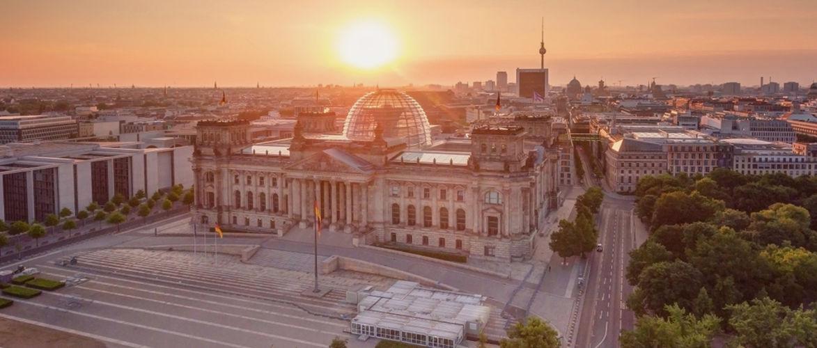 die-groste-verfassungskundgebung-der-geschichte-|-von-anselm-lenz-und-batseba-n'diaye-|-kenfm.de