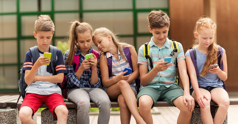 wireless-radiation:-russian-government-recommends-banning-wi-fi-and-cell-phones-in-primary-schools-–-global-research
