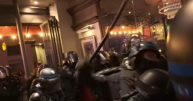 riot-police-storm-paris-bar-over-no-social-distancing