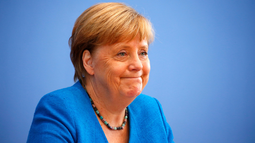 merkel-reveals-she-has-no-regrets-over-2015-migrant-influx,-claims-she-would-let-1-million-into-germany-again
