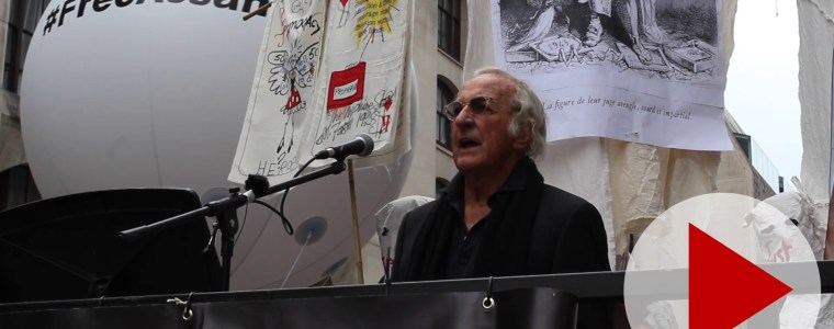 watch-john-pilger's-speech-outside-the-london-show-trial-of-julian-assange