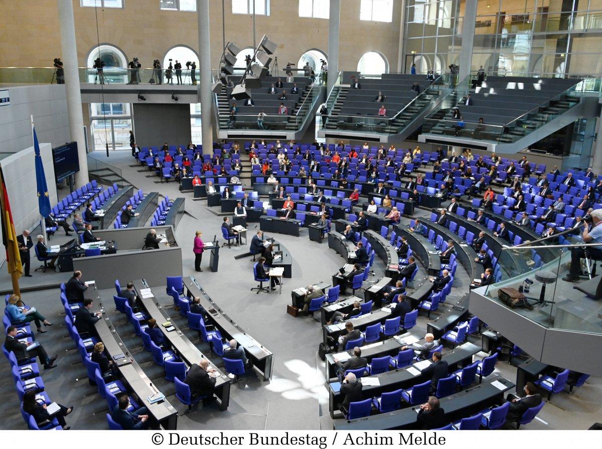 erosion-der-demokratie:-bundesgesundheitsministerium-will-weiter-mit-anordnungen-regieren