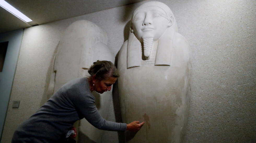 'satan's-throne':-blame-heaped-on-conspiracy-theorists-as-dozens-of-artworks-damaged-in-shocking-berlin-museum-attacks