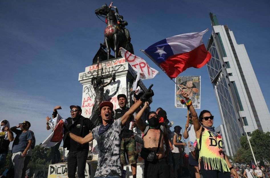 chileans-vote-up-or-down-for-constitutional-change-–-global-research
