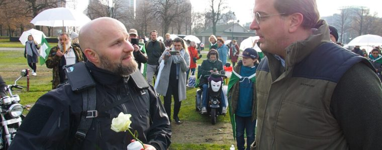 protect-the-children:-van-mars-naar-malieveld- -#2.37- -een-oorlog-reeds-verloren