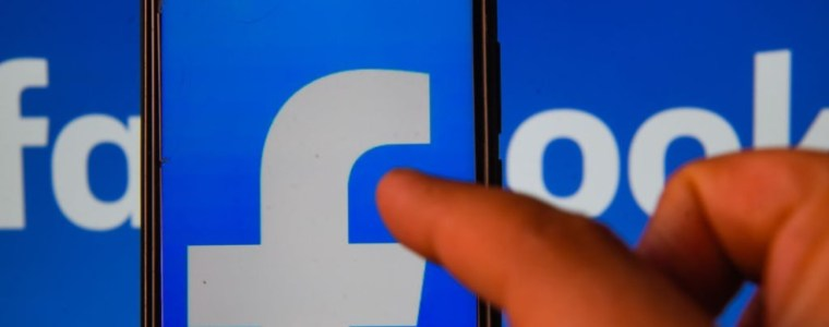 poland:-social-media-companies-face-$2.2-million-fines-for-removing-lawful-free-speech