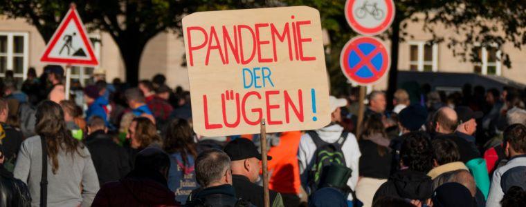 meine-pandemie-mit-professor-drosten-|-von-walter-van-rossum-|-kenfm.de