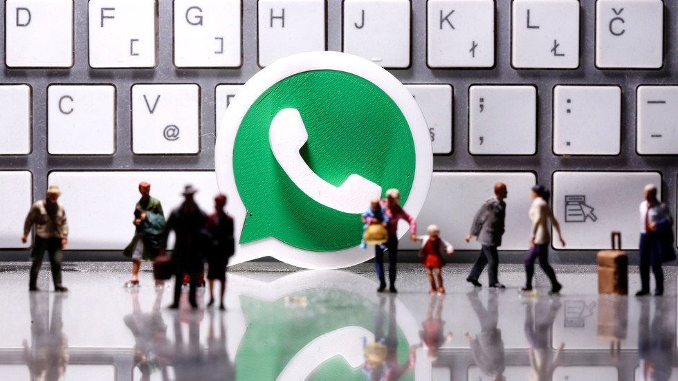facebook-forces-whatsapp-users-to-share-their-personal-data…-or-get-off-the-platform