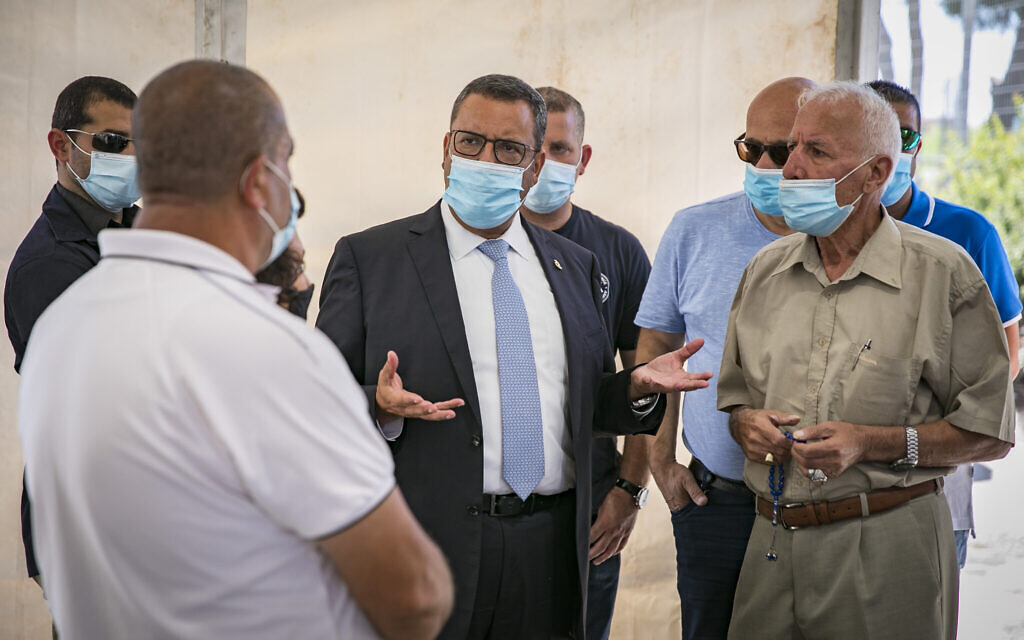 jerusalem-mayor-warns-unvaccinated-arabs-they-won't-be-able-to-go-to-mosque