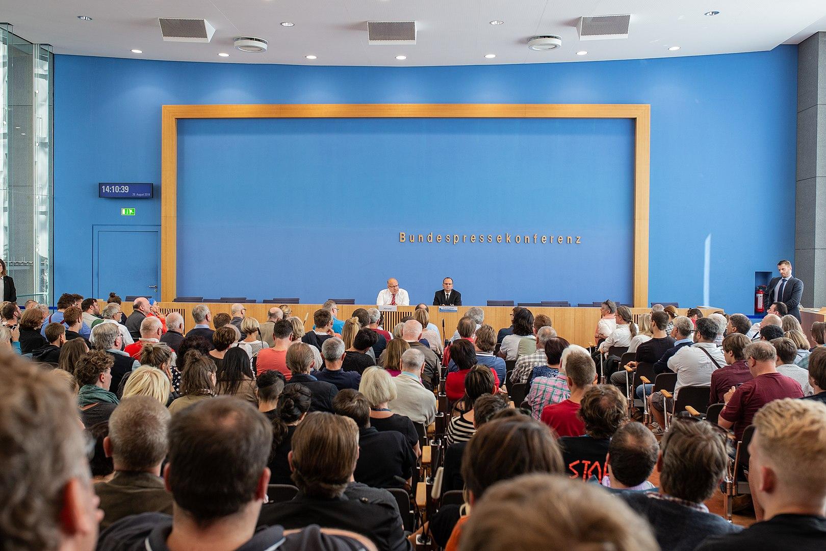 boris-reitschuster-soll-aus-bundespressekonferenz-entfernt-werden