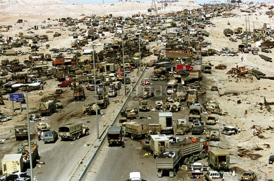"""thirty-years-ago.-the-1991-gulf-war:-the-massacre-of-withdrawing-soldiers-on-""""the-highway-of-death""""-–-global-research"""