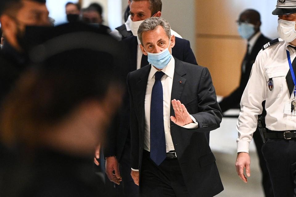 voormalige-franse-president-nicolas-sarkozy-veroordeeld-tot-gevangenisstraf-wegens-corruptie-–-cstv