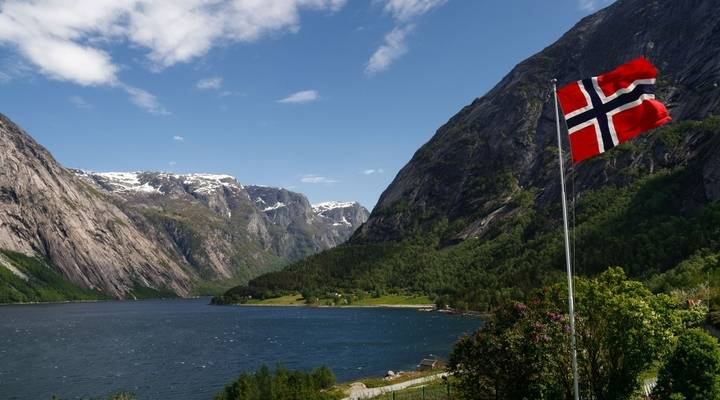 hoppa!-overheid-noorwegen-aangeklaagd-wegens-misdaden-tegen-de-menselijkheid-–-commonsensetv