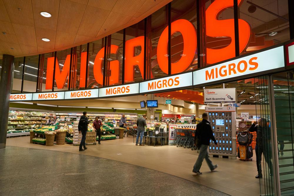 die-schweizer-supermarktkette-migros-verweigert-geimpften-das-einkaufen