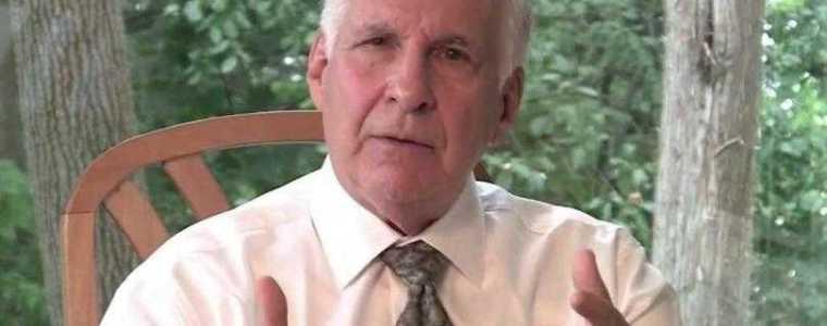 """wereldvermaarde-harvard-psychiater:-""""laat-je-niet-vaccineren,-we-hebben-een-moratorium-nodig""""-–-frontnieuws"""