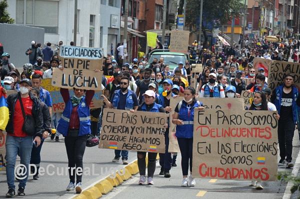 """kolumbien-–-mit-toten-und-vermissten-verlagert-sich-polizei-und-militar-gewalt-vom-""""guerilla-krieg""""-in-die-soziale-rebellion-der-stadte"""