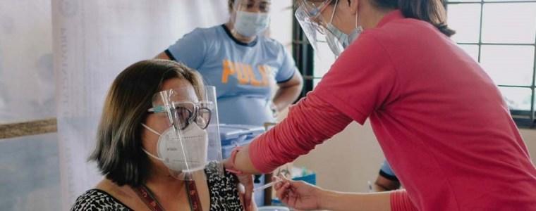 huisarts-uit-heemstede-weigert-coronavaccin-toe-te-dienen:-'held-van-het-jaar'