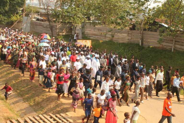 eu-plan:-70-miljoen-afrikanen-in-europa-tegen-2035-–-frontnieuws