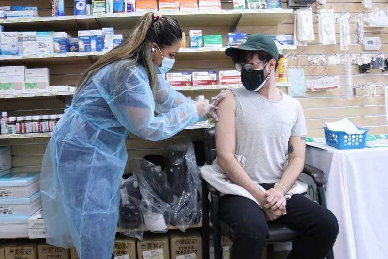 brits-gezondheidsautoriteit-rapport:-62%-van-de-vermeende-covid-sterfgevallen-zijn-mensen-die-zijn-gevaccineerd-–-frontnieuws