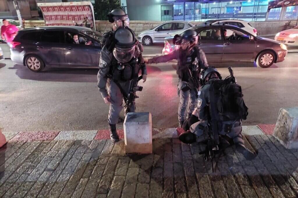 """ich-dachte,-ich-wurde-sterben"""":-palastinenser-berichten-uber-folternacht-in-israelischem-polizeigewahrsam-von-kelly-kunzl-–-sicht-vom-hochblauen"""