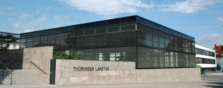 thuringer-possenspiele- -von-ralf-rosmiarek- -kenfm.de