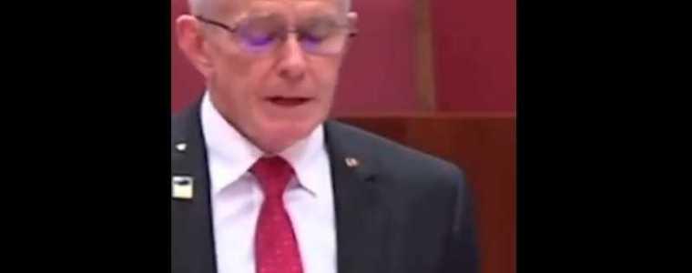 """australische-senator-geeft-""""een-van-de-beste-politieke-toespraken-aller-tijden"""""""
