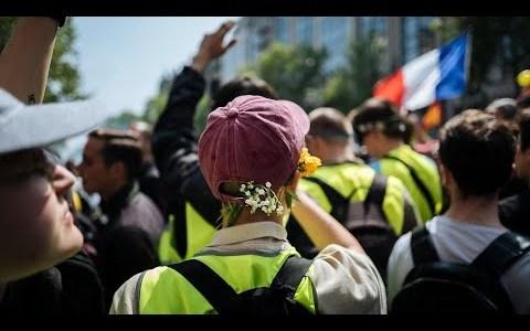 frankrijk:-zesde-opeenvolgende-zaterdag-van-nationale-mobilisatie-tegen-het-gezondheidspaspoort:-200-betogingen-(video's)