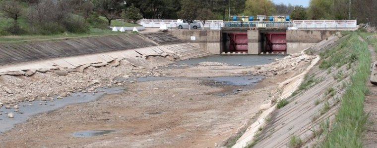 kiev-attempts-to-cut-water-to-crimea