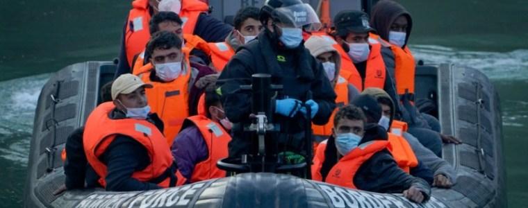 """experts-waarschuwen:-isis-k-wil-""""vluchtelingengolf""""-benutten-om-terroristen-het-westen-in-te-smokkelen"""