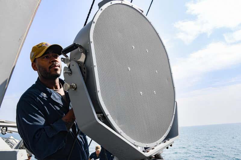 een-nieuw-wapen-ontwikkeld-door-de-marine-zal-mensen-doen-stoppen-met-praten